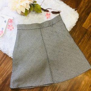 NWT Zara SM Flare Mini Skirt Small Black Cream 378